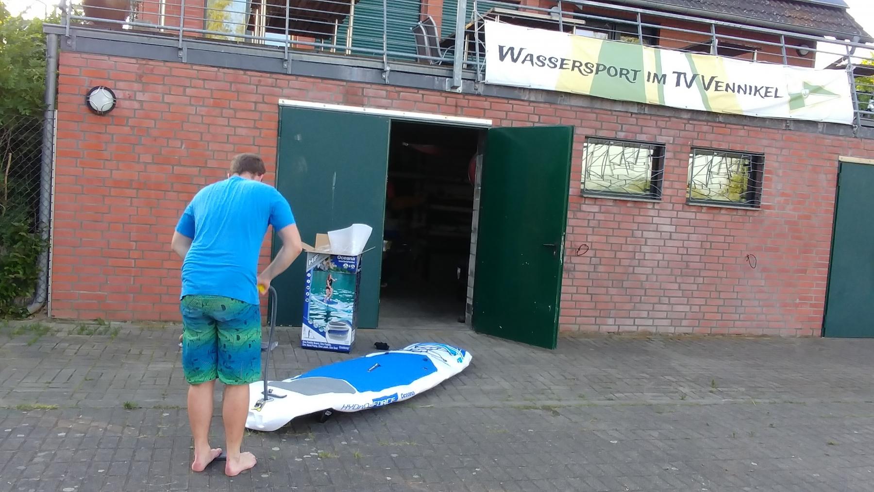Unsere Vereinsboard liegen immer aufblasbar für Mitglieder bereit. Für den Transport ist das sehr praktisch..